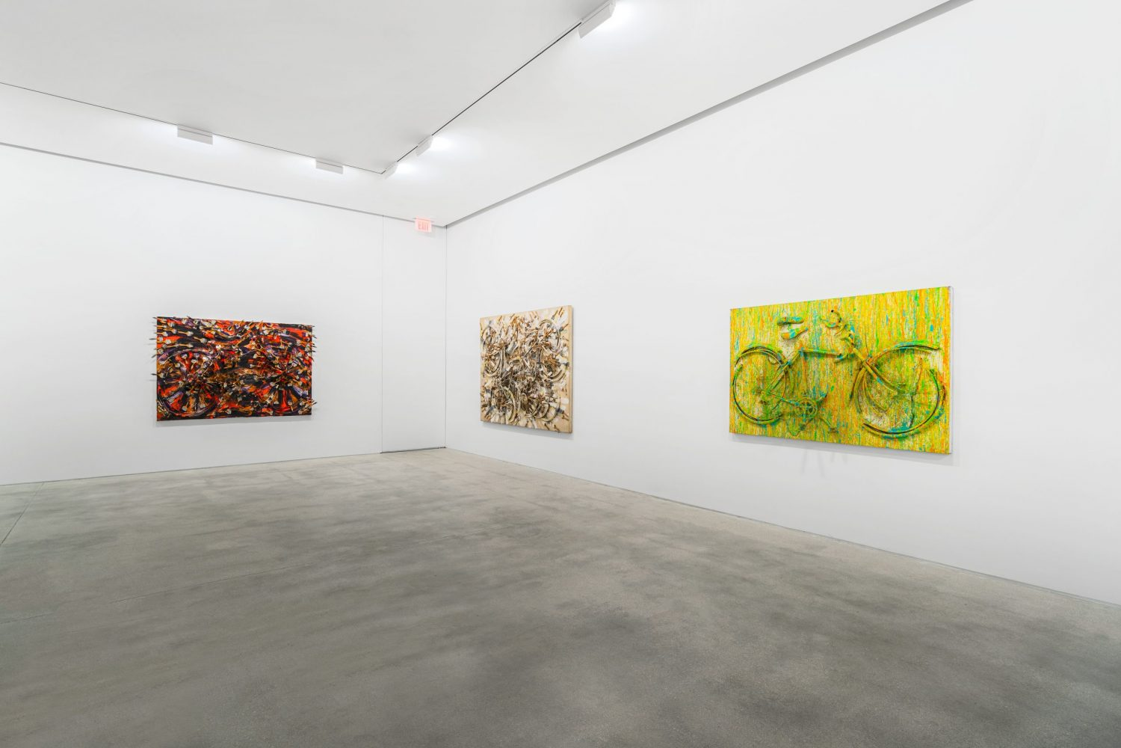 Main Gallery. 4
